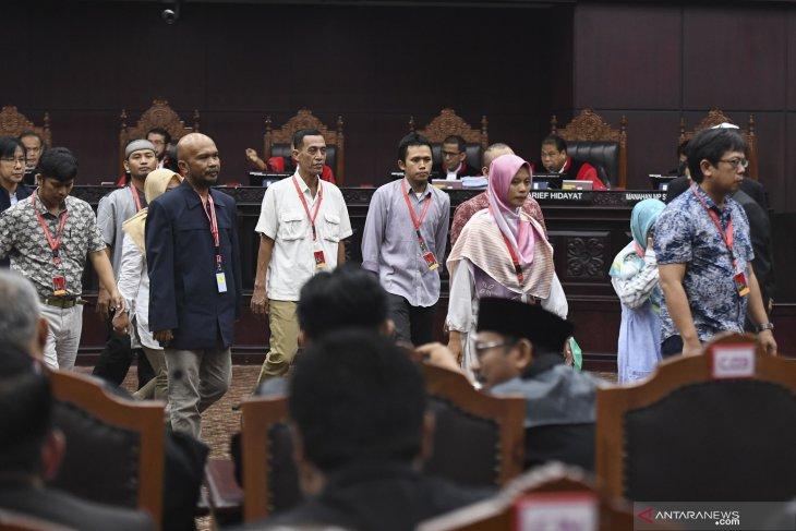 Saksi pemohon sebutkan Gubernur Jateng lakukan deklarasi dukungan 01