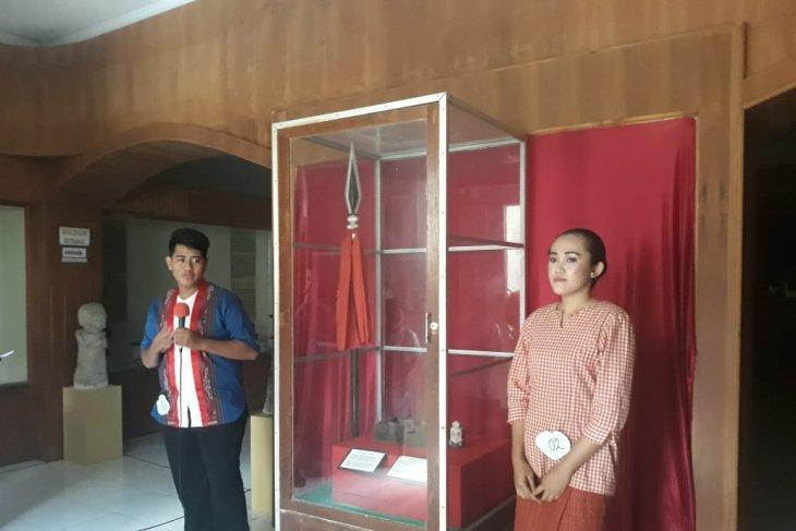 Museum Siwalima gelar latihan biola bagi siswa SMP