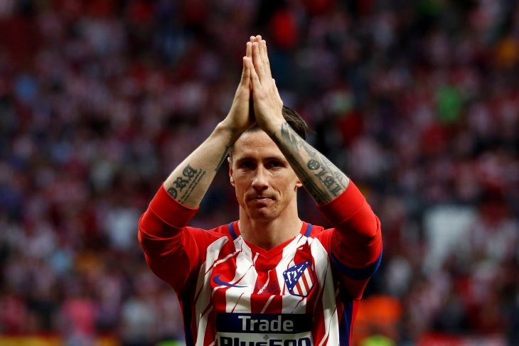 Torres pensiun dari sepak bola profesional