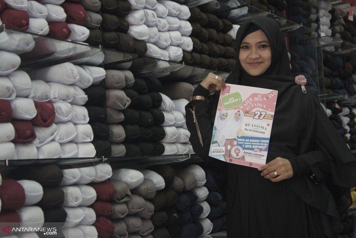 Belanja kerudung sekolah di Rabbani bisa dapat beasiswa