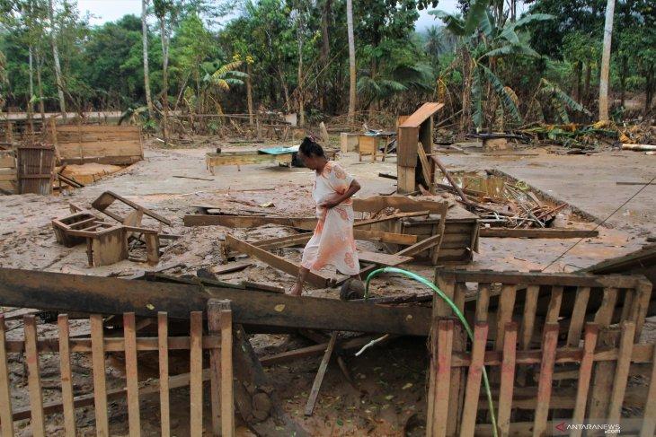 Panglima TNI dan Kapolri tinjau penanganan bencana di Konawe, Sulteng