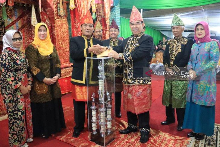 Pekan seni budaya daerah tarik perhatian masyarakat Rejang Lebong