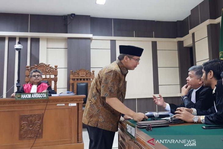 Jaksa tuntut pencabutan hak politik Taufik Kurniawan