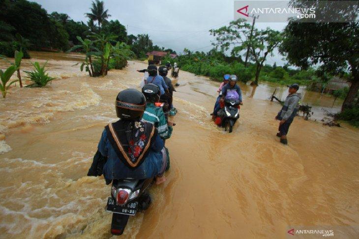 DPRD  Kotabaru Pemkab petakan daerah rawan bencana