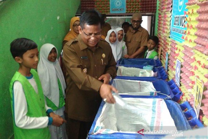 Pemkot Banda Aceh bina belasan