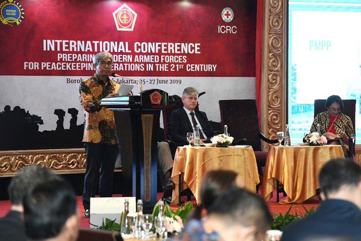 Four points for modern armed forces to support PKO: Fachir