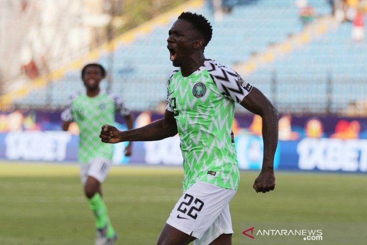 Nigeria tim pertama ke 16 besar
