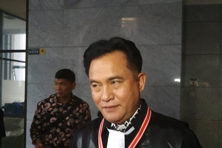 Sidang MK - Yusril yakin hakim  tolak seluruh permohonan gugatan