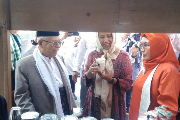 Menteri Rini resmikan Madrasah Ponpes An Nawawi Tanara