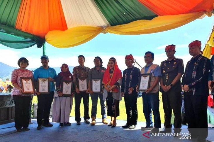 ACT bersama 5 NGO Internasional Terima Penghargaan dari Pemerintah Sigi