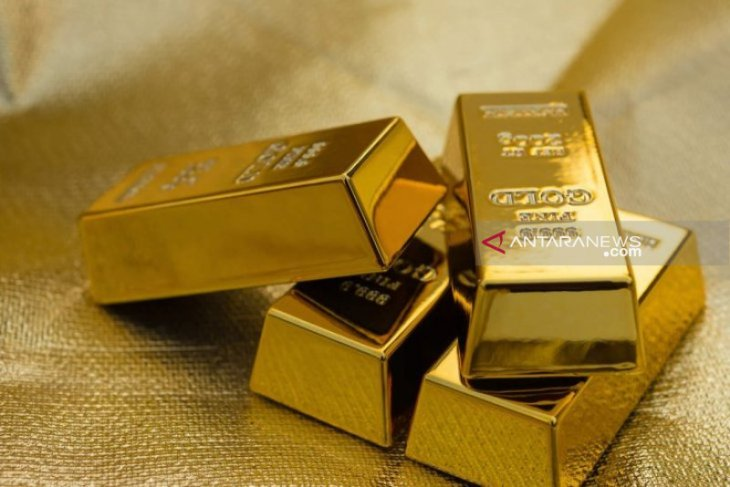 Akhir pekan, harga emas turun 12,2 dolar tertekan pasar saham AS
