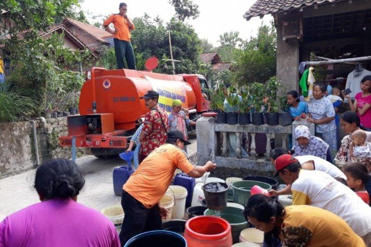 Drought paralyses 17 villages in Cilacap, Central Java