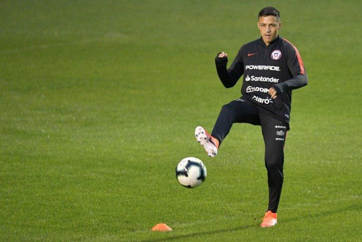 Penampilan Sanchez di Copa berbeda dengan di MU