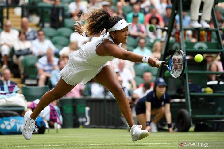 Osaka kembail puncaki peringkat dunia WTA