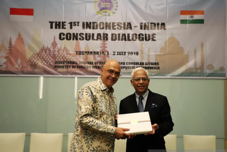 1st Indonesia-India Consular Dialogue held in Yogyakarta