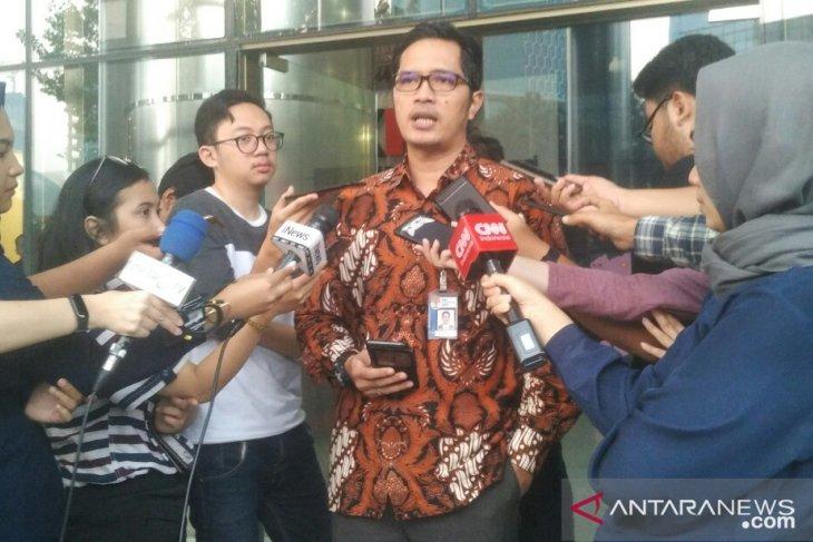 KPK summons former BUMN minister Laksamana Sukardi
