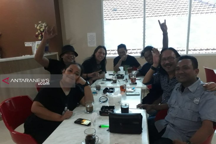 Roy Boomerang dapat dukungan maju Pilkada Surabaya