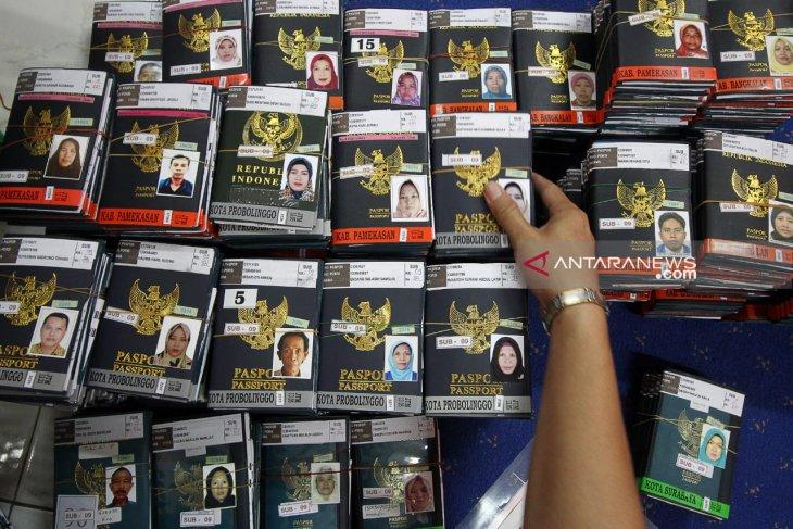 PPIH terbitkan visa haji Embarkasi Surabaya secara bertahap
