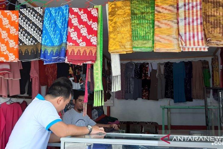 Pemkab Sambas terus promosikan produk unggulan di Karnaval Lunggi