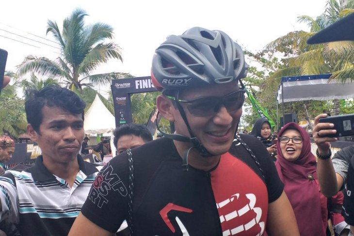 Sandiaga Uno jadi peserta lomba Belitung Triathlon 2019