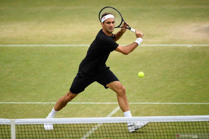 Federer tantang Nishikori di perempat final Wimbledon