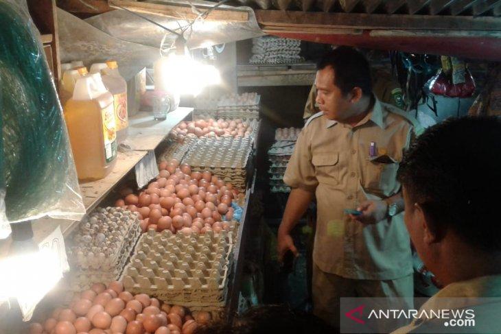 Disperindag  harga kebutuhan pokok di pasar tradisional Ambon stabil