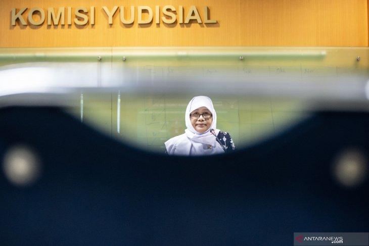Komisi Yudisial memantau persidangan pemilu