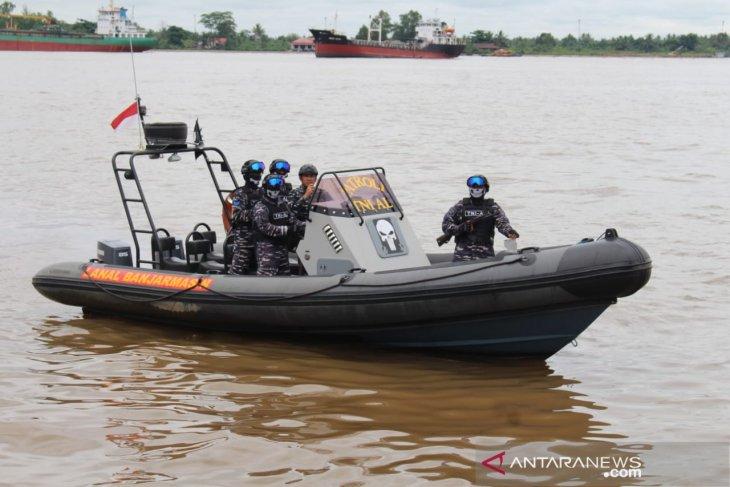 Banjarmasin Navy anticipates drugs through waterways