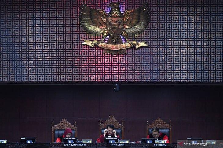 Sengketa Pileg Gorontalo, Hakim MK minta kuasa hukum PDIP tidak cerewet