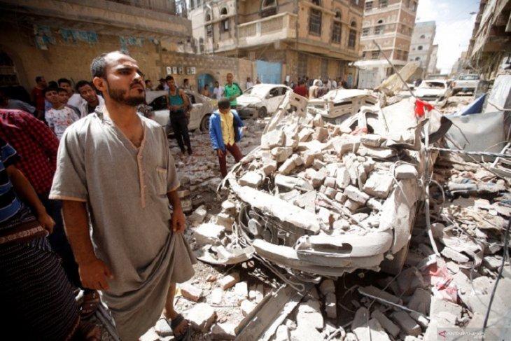 Serangan udara ke pasar tewaskan 10 orang di Yaman