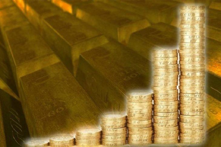 Harga emas melonjak karena ketegangan perdagangan angkat aset 'safe-haven'