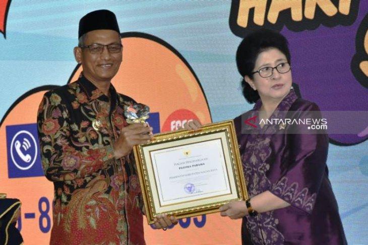 Pemkab Nagan Raya terima penghargaan dari Kemenkes terkait larangan merokok