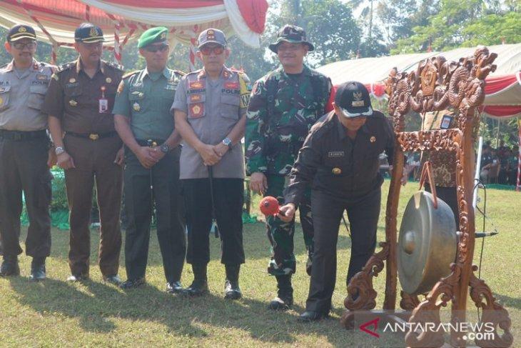 Pemkab Blitar gandeng TNI bangun Desa Karangbendo melalui TMMD