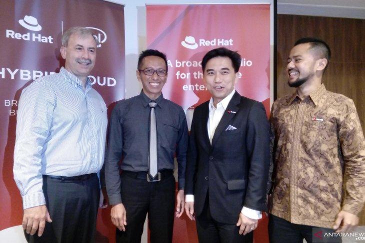 Masyarakat Indonesia belum yakin adopsi teknologi komputasi awan