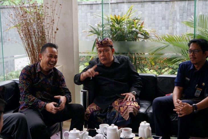 BPN Denpasar- UGM diskusikan pendataan tanah