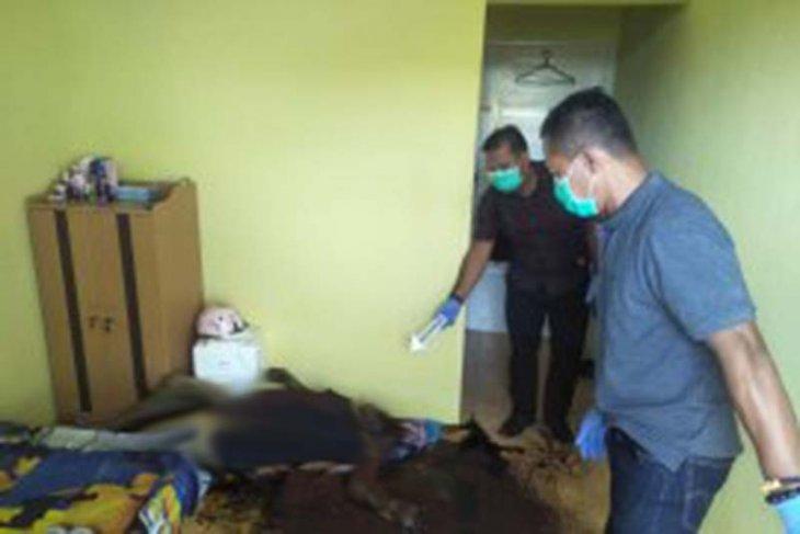 Polisi selidiki penemuan mayat perempuan di kamar kost