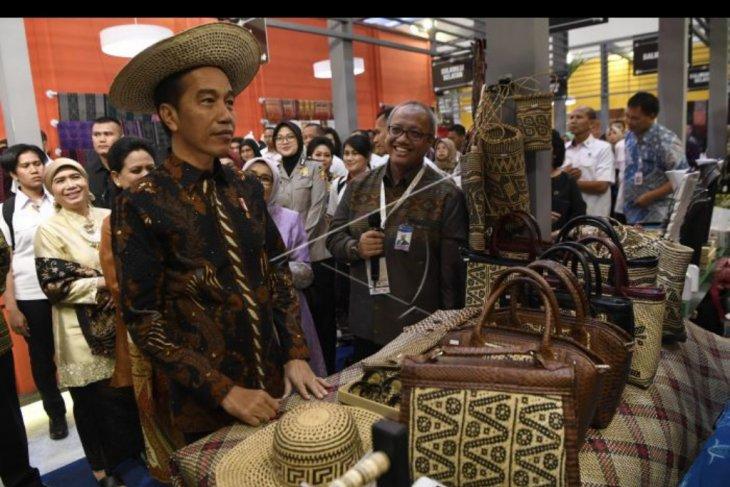 Presiden tinjau Pameran Karya Kreatif Indonesia