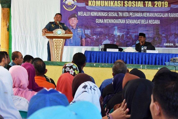 Lantamal IX Ambon tingkatkan sinergitas dengan komsos di Negeri Tial