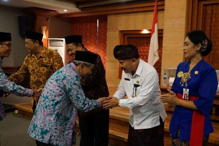 Pemkot Denpasar lepas 373 calon haji