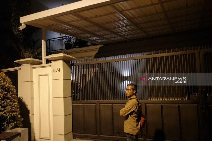 Gubernur tidak tahu penggeledahan rumah komisaris Bank Jatim