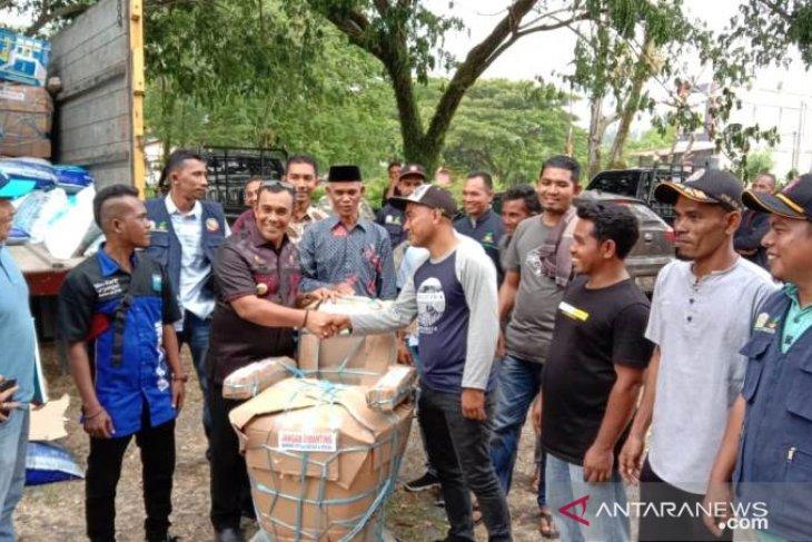 Pemda Aceh Jaya serahkan bantuan usaha ekonomi produktif kepada warga miskin