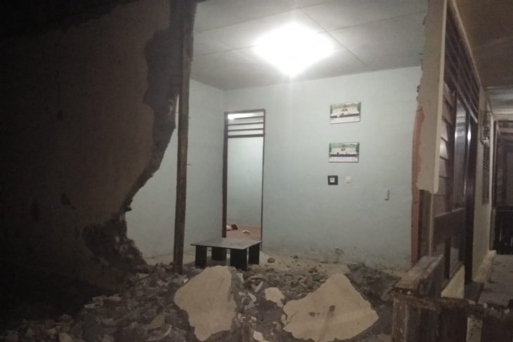 BPBD : 971 rumah rusak berat, tiga meninggal dampak gempa Halmahera
