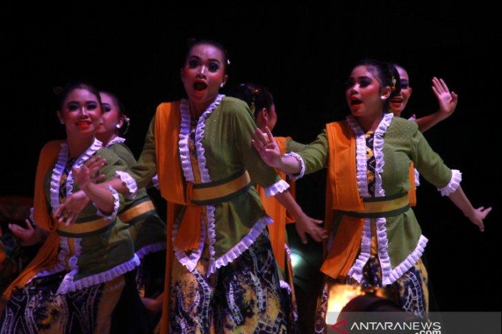 Festival Karya Tari Daerah Kalsel