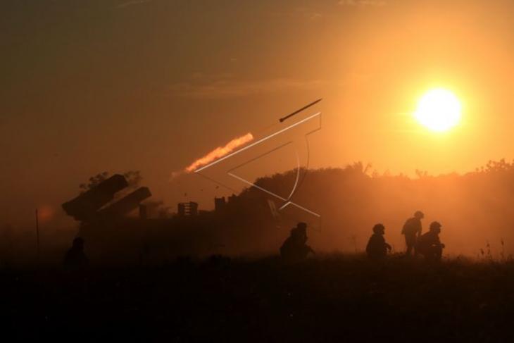 Latihan tembak Korps Marinir