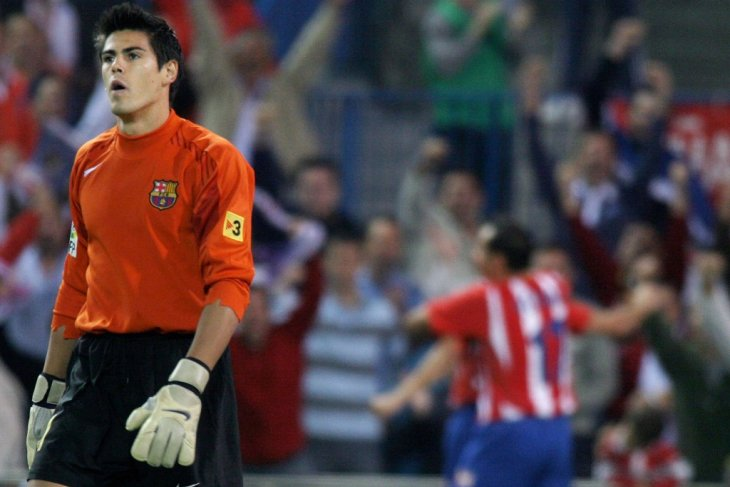 Victor Valdes latih Barcelona  U-19