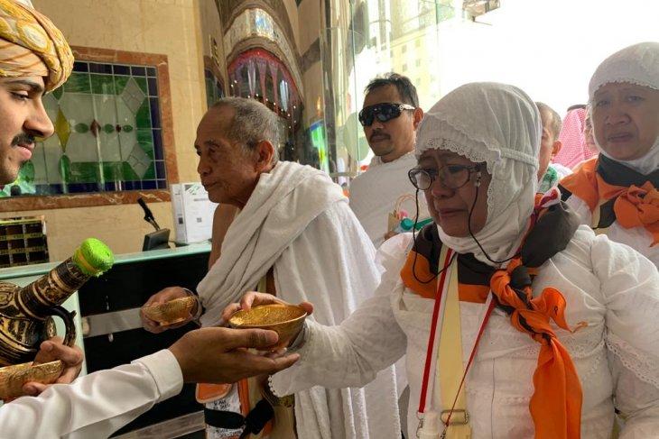 Jamaah calon haji asal Jakarta kloter pertama telah tiba di Mekkah