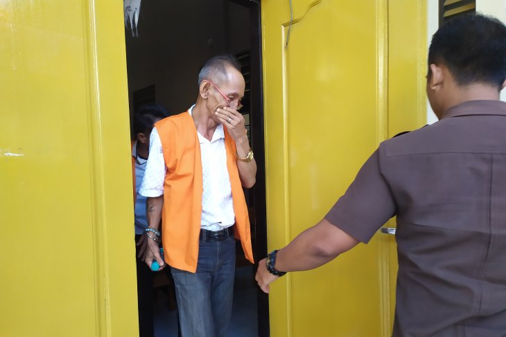 Mantan dosen simpan sabu dituntut lima tahun penjara