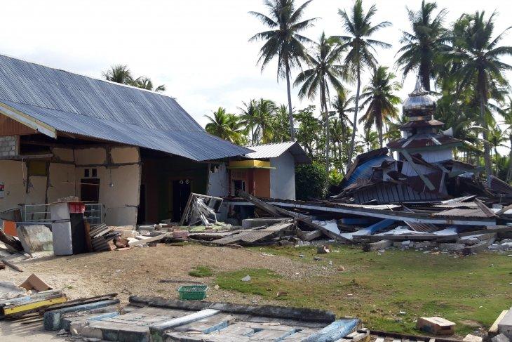 BPBD 971 rumah rusak berat pascagempa Halsel