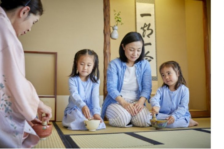 "Keio Plaza Hotel Tokyo offers ""Tea Ceremony Experience and Luxurious Accommodations for Families"" package"