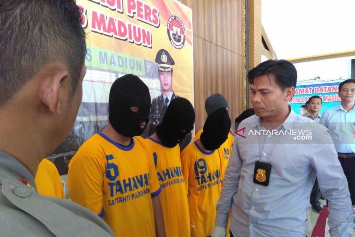 Polisi Madiun tangkap rombongan bonek pelaku pengeroyokan
